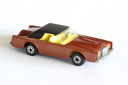 Matchbox 1 75 series lincoln continental model cars bcfe4ea2 cfbf 4ede 9d63 c5db5a2b6c46 medium