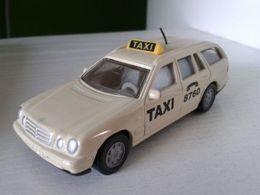 Siku mercedes benz e290 t model cars d4c59e82 2d41 4cca b06d db526b76965e medium