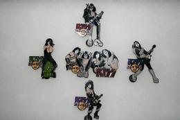 Kiss dream series   complete set of 5 pins and badges e64b5d03 733f 4ed0 950f 7bf9a25442a5 medium