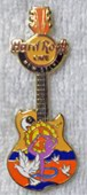 Peace guitar pins and badges 435fe781 8875 481e a502 66577e000599 medium