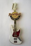 Fender 2011 Guitar Series #2 | Pins & Badges