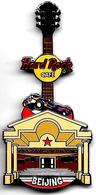 Facade guitar 2 pins and badges 5cb6d33e 5869 4efa 84a5 0415c6d2e787 medium