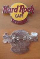 Medium Logo Clasp Back/Silver | Pins & Badges