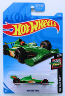 Indy 500 Oval | Model Racing Cars | HW 2019 - Collector # 077/250 - HW Race Day 7/10 - Indy 500 Oval - Green - USA Card