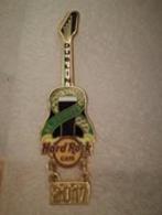 St. Patrick's Day Guitar 17 | Pins & Badges