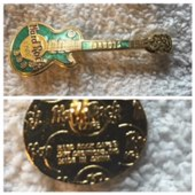 Les paul green vertical guitar pins and badges 69680df0 d326 45b5 a932 560a18e7e7a0 medium