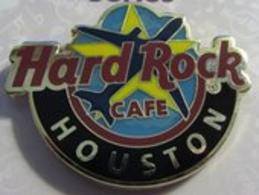 Global logo pins and badges 6e64fdde 0683 4da5 b4ed 1aa94afe9113 medium