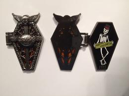 3d halloween hinged opening coffin pins and badges 6bcb736c 5dd0 4b95 88ba 04389d26c49c medium