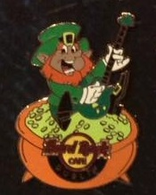 Leprechaun   Pins & Badges