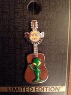 3d alien guitar pins and badges d1107ba7 382d 4c71 ac1d f49bb25e3898 medium