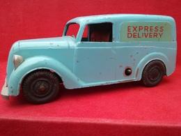 Morris model cars ad0fd741 b523 4e8d ae86 83cc63febf1c medium