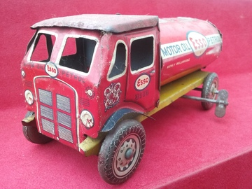 Mettoy Tinplate Esso Lorry | Tinplate & Pressed Steel Toys | Mettoy Esso Petrol Lorry No 113 made in England