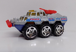 Police battering ram model construction equipment 41496377 013e 4c4c 8aba 9e7f155770fb medium