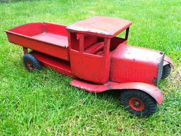 Triang Transport | Tinplate & Pressed Steel Toys | Triang truck