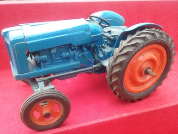 Chad Valley Fordson Tractor  | Tinplate & Pressed Steel Toys | 1954 Chad Valley clockwork Fordson Major