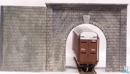 Motrak models single track tunnel portal w%252fwing walls track accessories d3fe1e1c c1c7 415e 89ac 87071fd51289 medium