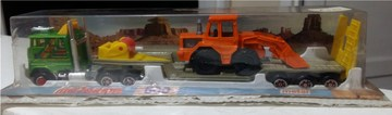 Digger Transporter | Model Trucks