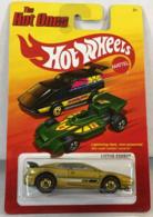 Lotus esprit model cars 3940f625 30e6 4511 b76b 2c162235f30b medium