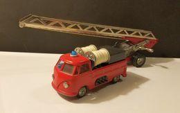 Volkswagen Fire Truck with Trailer   Model Trucks