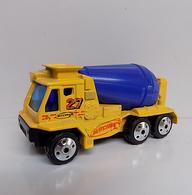 Cement Mixer 2001 | Model Construction Equipment