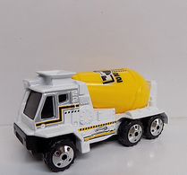 Cement mixer 2001 model construction equipment 63a5451d 870a 4f16 adb7 9c105c874065 medium