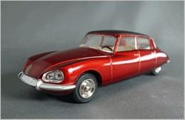 Citro%25c3%25abn ds 23 model cars 5371e3cc ab9b 4949 8955 5aea030c27c3 medium