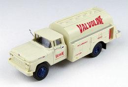 CMW - Valvoline Oil - 1960 Ford F-500 Tanker | Model Trucks