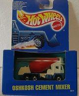 Oshkosh cement mixer     model trucks fe938271 dec2 4bab b5ff 489fa17a3b8c medium