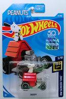 Snoopy model cars d2c92983 6894 4925 a443 6686eef9acff medium