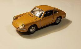Porsche 911s model cars e3ab4069 aa11 443b 8294 85e630de355f medium