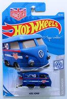 Kool kombi  model trucks fa9a889d a69d 451b 8fe6 e0c01058aec6 medium