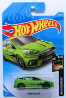Ford Focus RS | Model Cars | HW 2019 - Collector # 139/250 - Nightburnerz 9/10 - Ford Focus RS - Green - International Long Card