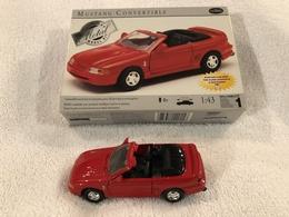 Mustang convertible model cars 88c77244 b1be 43af 9772 e32171bf3fe4 medium
