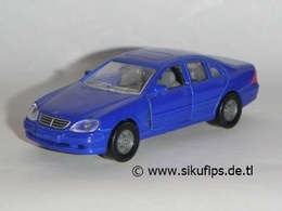 Mercedes-Benz S 500 W220 | Model Cars
