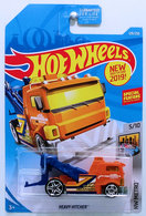 Heavy Hitcher | Model Trucks | HW 2019 - Collector # 129/250 - HW Metro 5/10 - New Models - Heavy Hitcher - Orange - USA Card