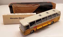 Mercedes benz o302 bus model buses 5fd4de7f 4a03 4ce2 a587 2fb0d6deac1d medium