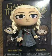 Daenerys targaryen %2528dragonstone%2529 vinyl art toys 24022fa1 be8d 46ca 9319 d6e36975122f medium