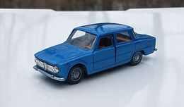 Alfa romeo giulia ti model cars 9ccefc3f 39d2 4eaf 87e1 48939b1468a9 medium