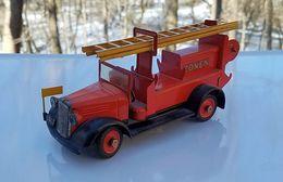 Fire ladder truck model trucks 86170c56 2bb8 4c2f ab3a 79a1940b4588 medium