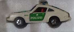 Porsche 911s patrol car model cars 21196830 da2e 4326 a709 eb680cb5b673 medium