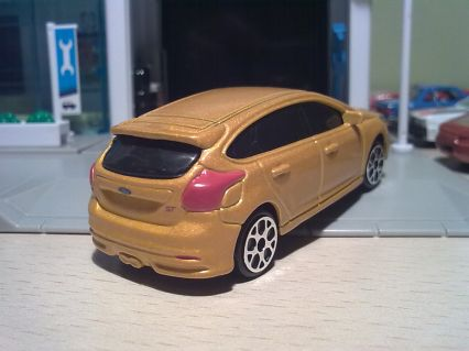 & 2013 Ford Focus ST | Model Cars | hobbyDB markmcfarlin.com