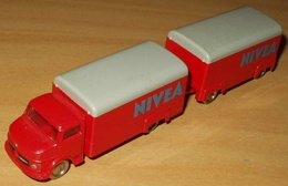 Mercedes van and trailer nivea model trucks 5c37d4ca 3635 4e3a 8e0b ea206aeae63b medium