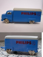 Mercedes van and trailer philips model trucks 80d730a6 909f 4d3c b811 9a5e93e8254b medium