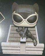 Catwoman %2528jim lee deluxe%2529 %2528black and white%2529 vinyl art toys 1ec218ab 8323 4edf a221 04cd6a7e861c medium