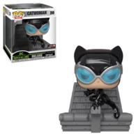 Catwoman %2528jim lee deluxe%2529 vinyl art toys f9873373 5f2f 44a6 af3f e7a3959f3ec5 medium
