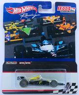 Indy 500 oval %2528lotus%2529 model racing cars 7324557c f598 46a6 95f4 83212ac3be49 medium