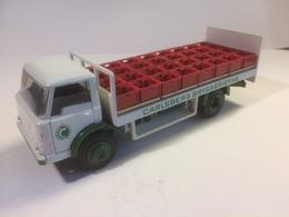 Ford d800 carlsberg beer truck model trucks b4767735 b10c 4f0a 816f c09713873f0c medium