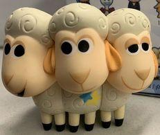 Bo peep%2527s sheep vinyl art toys 7eefbcde 70a0 467e 96ca da0b71009dc3 medium