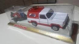 Chevrolet blazer with trailer and two motorcycles model trucks c155dbd1 edba 447a b0c6 f2a326bee24d medium