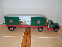 First gear railway express 1960 mack b 61 t%252ft%252c1%253a34 scale model vehicle sets 2b27854e 2ebe 4935 a6c8 91c05ae18558 medium